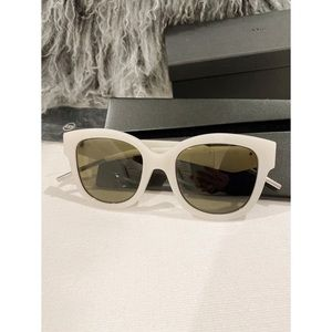 Dior Very Dior 51mm Oversize Sunglasses white